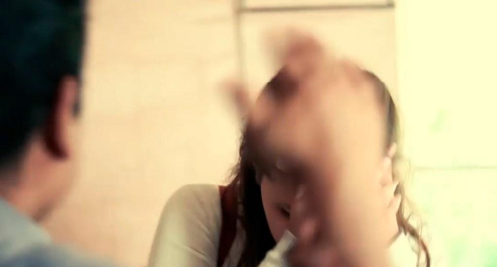 ONGs piden claridad al Gobierno Federal sobre protección a mujeres durante pandemia - La SSEM presentó la campaña 'Déjala Tranquila' en colaboración con 'Ritmo Peligroso' para prevenir la violencia contra la mujer. Captura de pantalla / @SS.Edomex