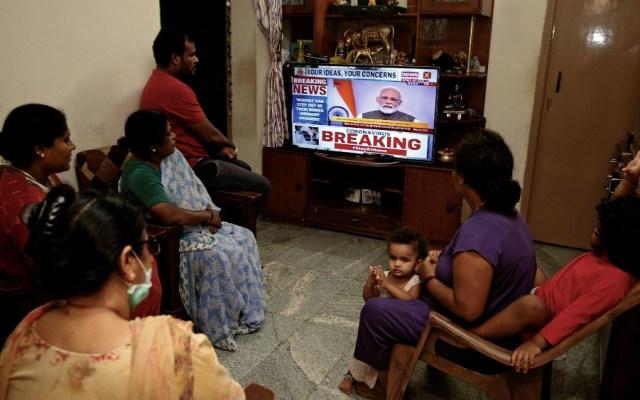 India confina a sus mil 300 millones de habitantes para frenar COVID-19 - Foto de EFE