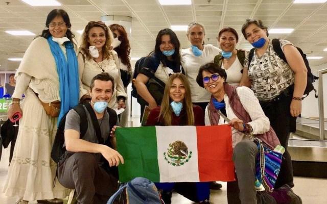Connacionales varados en Perú regresan a México - Jaliscienses a su regreso a México de Perú. Foto de @EnriqueAlfaroR