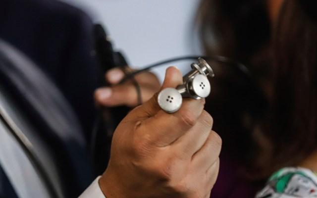 Micrófonos en oficinas del PAN en el Senado estuvieron desde 2012 sin funcionar - Micrófonos hallados en oficina del PAN en el Senado. Foto de Notimex
