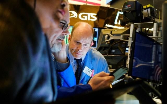 Wall Street rebota y abre con ganancias del 3.09 por ciento en el Dow Jones - Foto de EFE