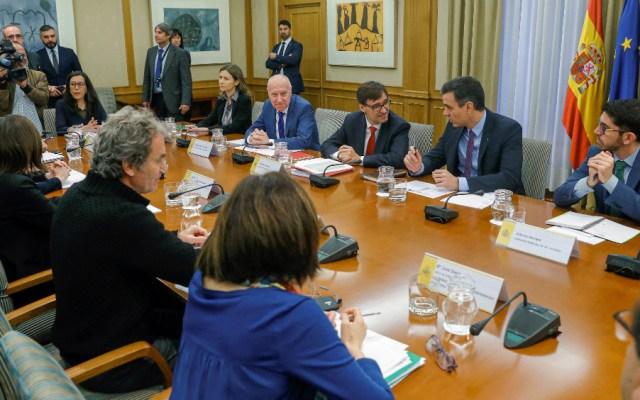 Gobierno español se someterá a pruebas tras positivo por COVID-19 de una ministra - Foto de EFE