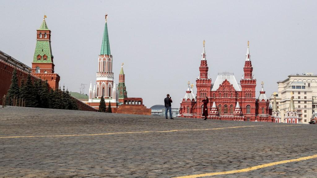 Decretan en Moscú el confinamiento para toda la población por COVID-19 - En las últimas 24 horas se han infectado al menos mil 786 rusos, lo que representa una tasa de contagio elevada al 17.6 por ciento