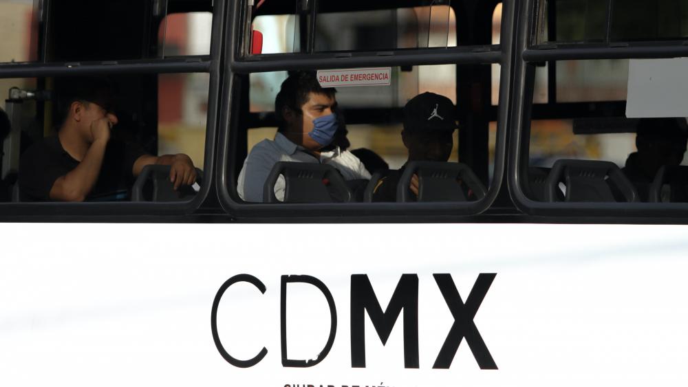 Dan a conocer canales para aclarar dudas laborales por emergencia sanitaria - Foto de Notimex