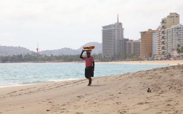 Entre lágrimas, alcaldesa de Acapulco pide acatar medidas sanitarias - Foto de Notimex