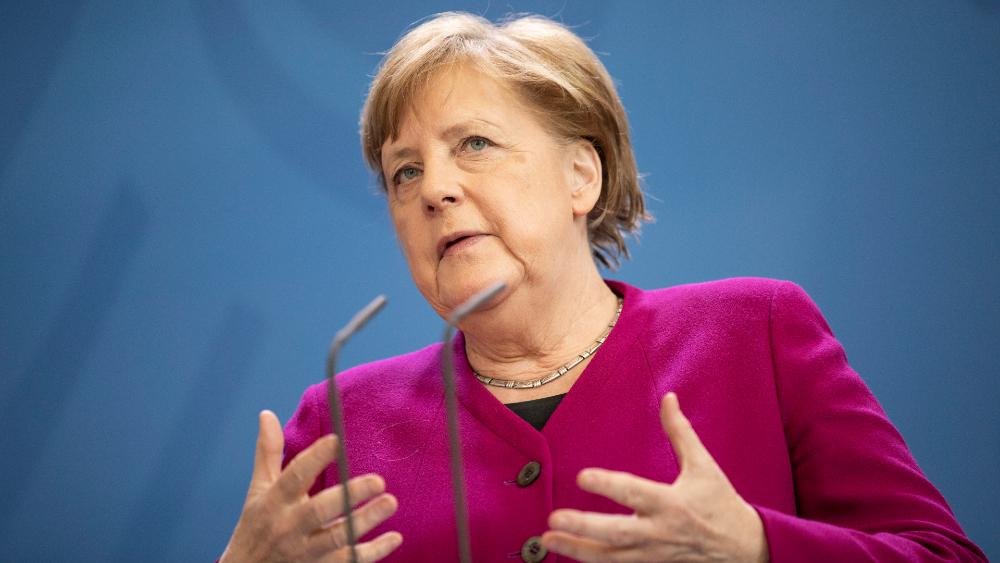 Merkel afirma que Europa todavía no está preparada para resistir crisis - Angela Merkel Alemania