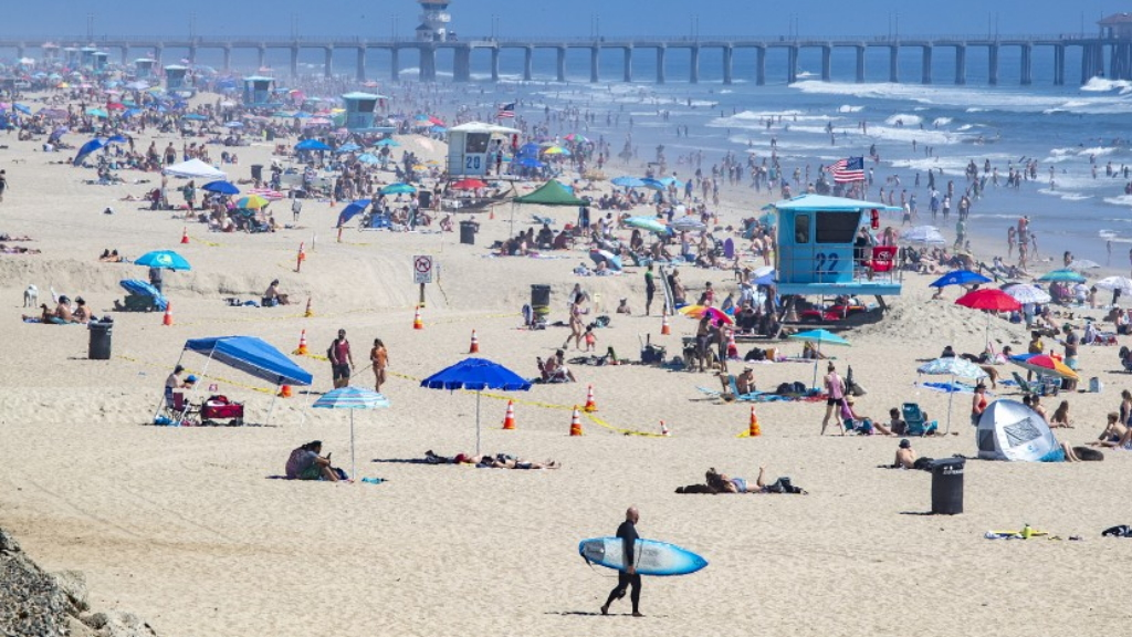 California playas COVID-19 coronavirus
