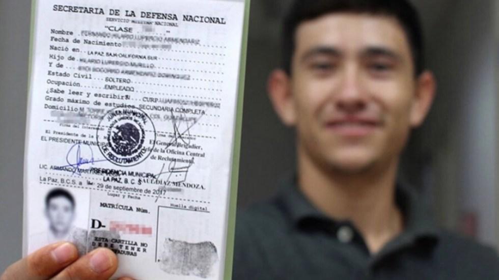 Sedena presenta denuncia contra página que ofrecía liberación de cartilla militar - Foto de Consulado General de México en San Antonio