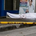 Dejan cadáveres en calles de Ecuador por colapso ante COVID-19