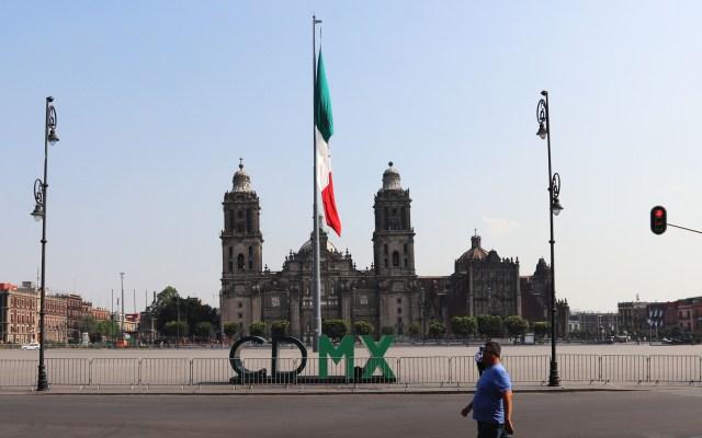 Zócalo de la Ciudad de México luce desértico por el coronavirus - Explanada del Zócalo capitalinoExplanada del Zócalo capitalino