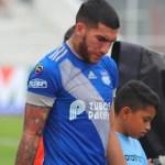 """""""Es real"""" quema de muertos por COVID-19 en calles de Ecuador, afirma futbolista argentino"""