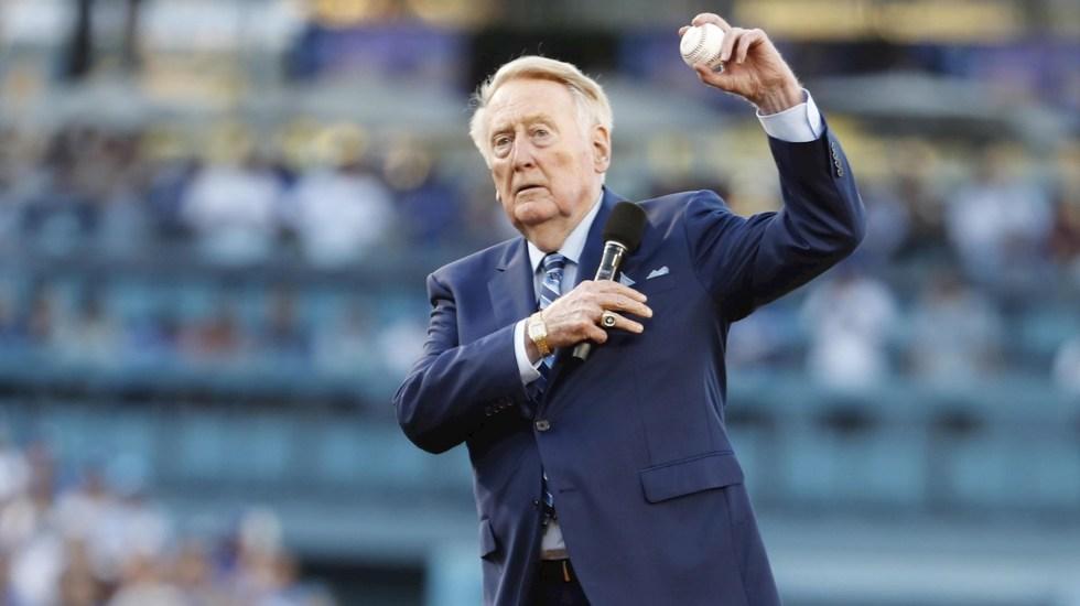 Vin Scully, exnarrador de los Dodgers, hospitalizado tras caída - Los Ángeles Dodgers Vin Scully