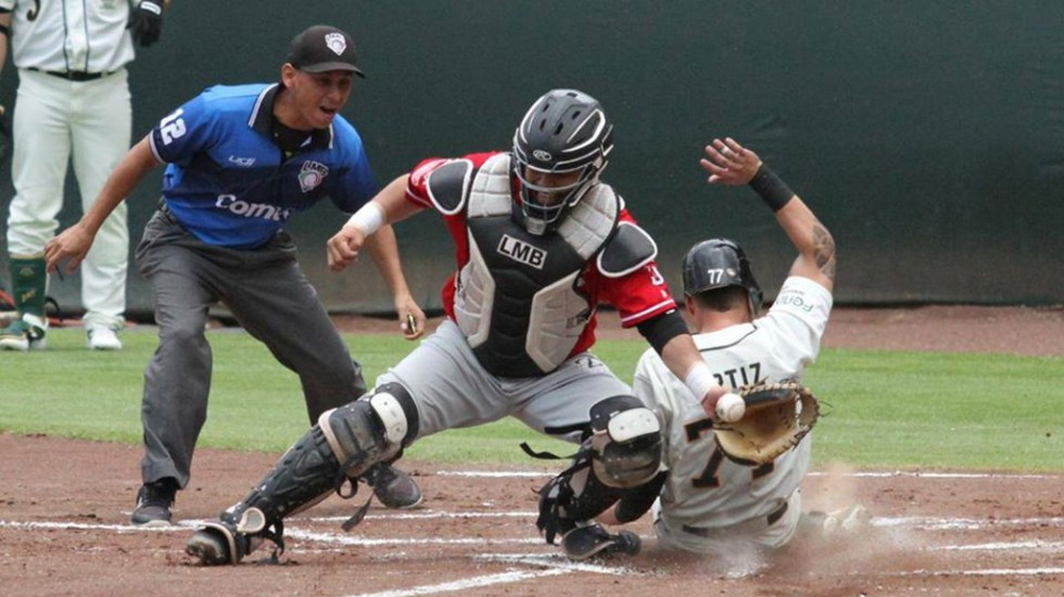 Aplazan por segunda vez la Liga Mexicana de Beisbol por COVID-19 - Partido de la Liga Mexicana de Beisbol. Foto de @LigaMexicanadeBeisbol
