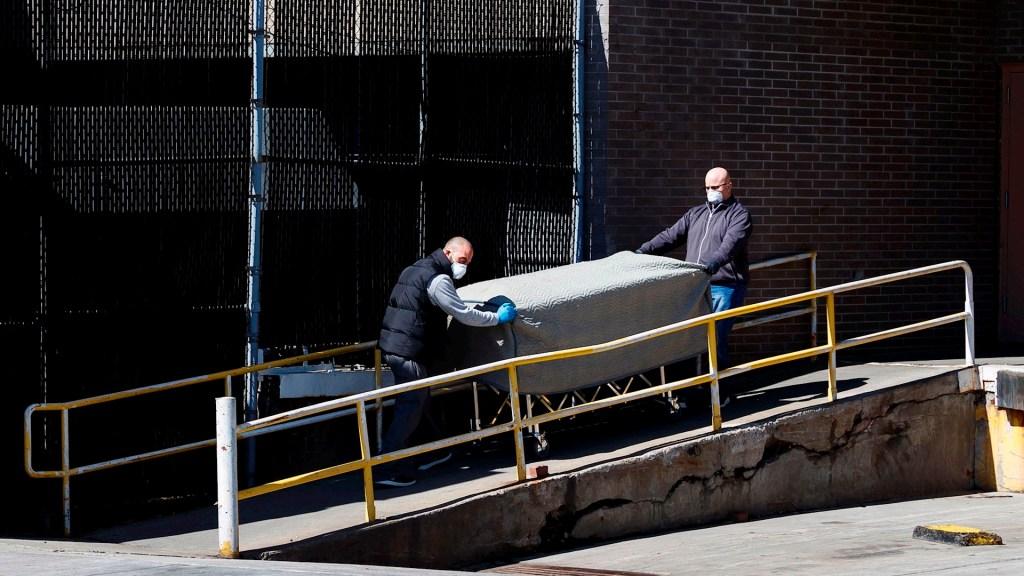 EE.UU. busca recolectar 100 mil bolsas para cadáveres ante COVID-19 - Pentágono cadáveres coronavirus COVID-19