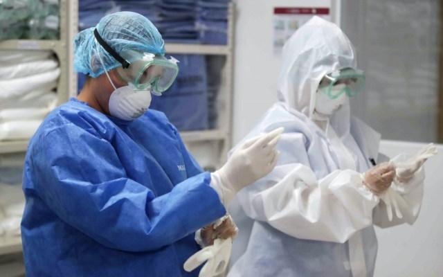 Anuncian contratación de casi 19 mil profesionales de la salud para enfrentar COVID-19 - Foto de Notimex