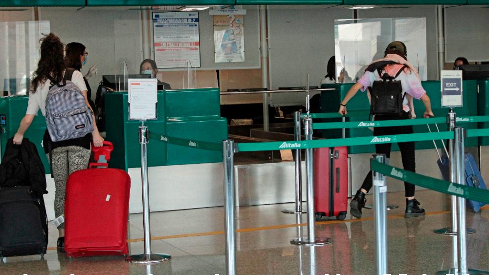 Italia reabrirá sus aeropuertos el 3 de junio tras cierre por COVID-19 - Foto de EFE