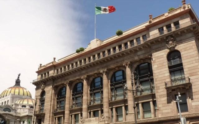 Salen de México inversiones por 2 mil 686 mdd durante mayo - Aspecto de la fachada del Banco de México, Banxico. Foto de Archivo Notimex.