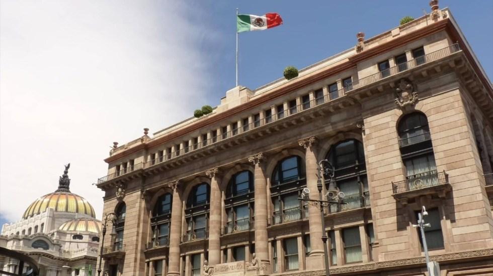 Banxico recorta 50 puntos base su tasa de interés; la deja en 5.50 por ciento - Aspecto de la fachada del Banco de México, Banxico. Foto de Archivo Notimex.