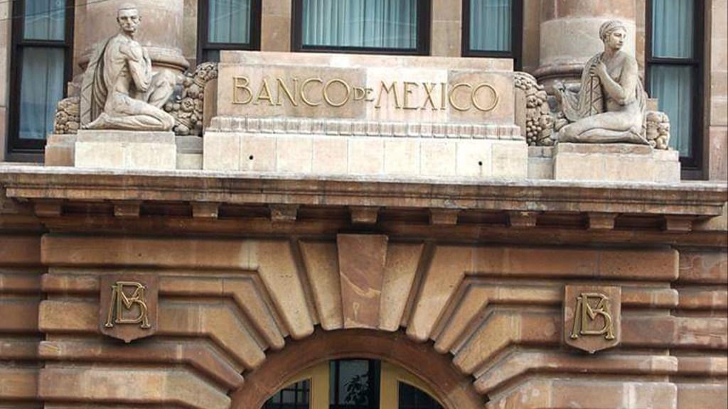 Economía mexicana podría caer, por COVID-19, hasta 8.8 por ciento durante 2020: Banxico - Aspecto de la fachada del Banco de México. Foto de Banxico.