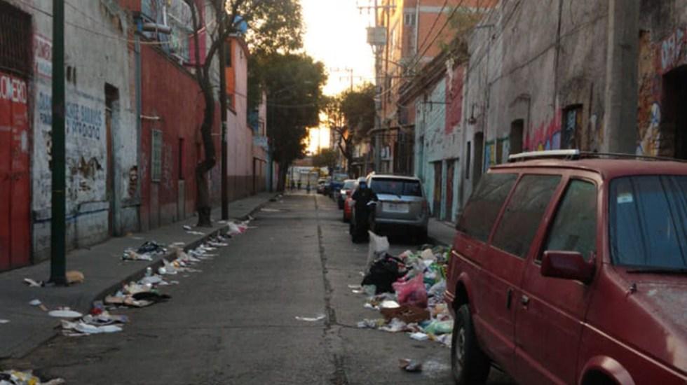 Hallan cadáver embolsado en la colonia Morelos - Calle Estanquillo donde fue hallado el cadáver embolsado de un hombre. Foto de @GaboOrtega73