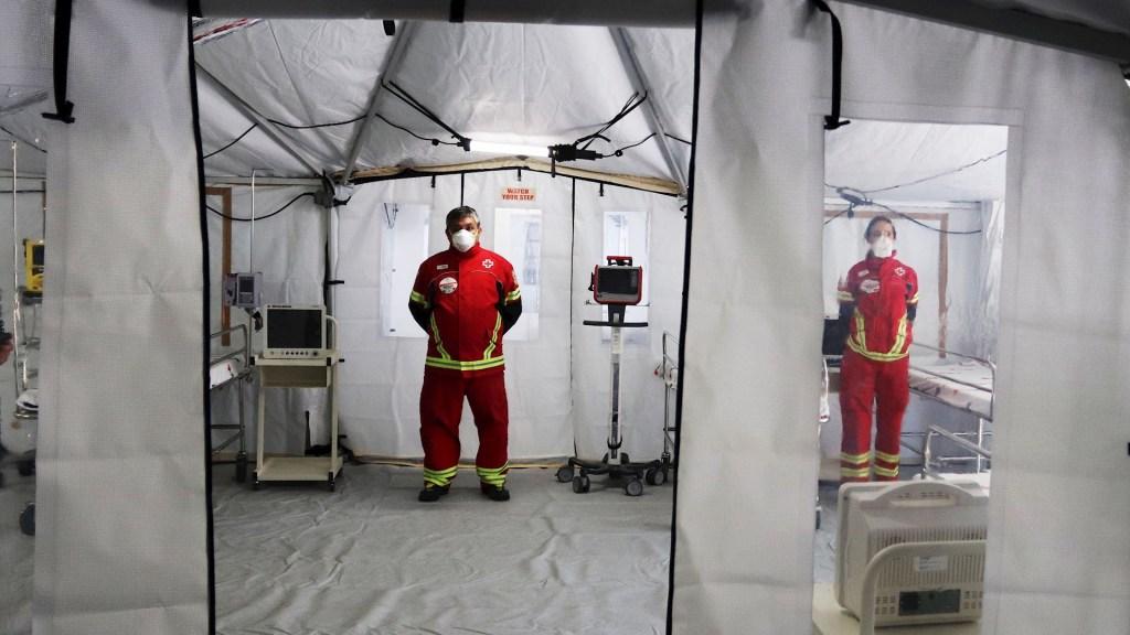 En la Ciudad de México, 4 mil 577 actas de defunción mencionan al COVID-19, reporta MCCI - COVID-19 coronavirus México Hospital médicos 2