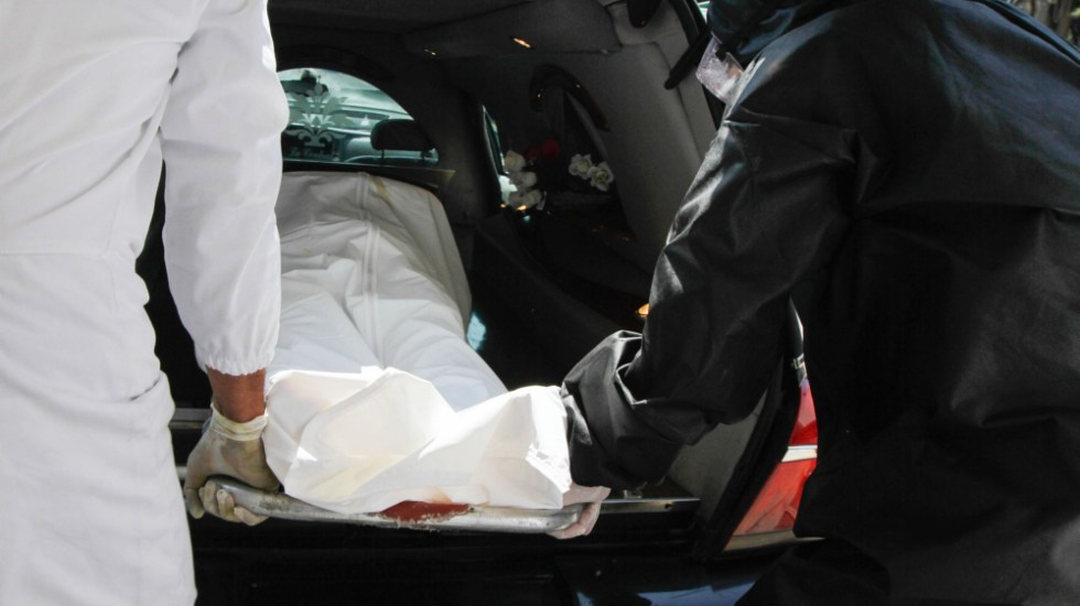 """AMLO admite """"ineficiencias"""" en recuento de muertos por COVID-19 - Foto de Notimex"""