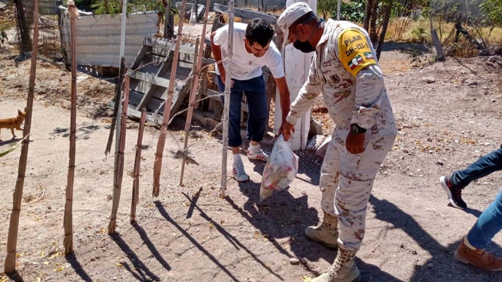 Entrega Ejército Mexicano más de 42 mil despensas en siete estados - Foto de @SEDENAmx
