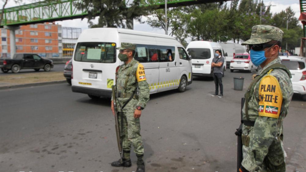 Aunque me critiquen de militarizar al país, Fuerzas Armadas deben ayudar en tareas de seguridad: AMLO - Foto de Notimex