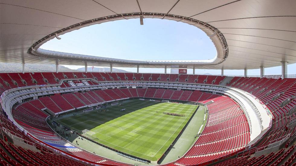 Chivas analiza apertura a afición del Estadio Akron para su encuentro ante Pumas - Foto de Guadalajara Plaza Expo