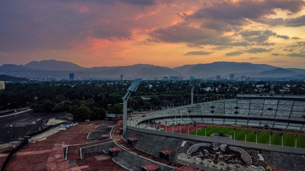 Investigan relación entre COVID-19 y la contaminación - Estadio Olimpico CU CDMX Ciudad de Mexico