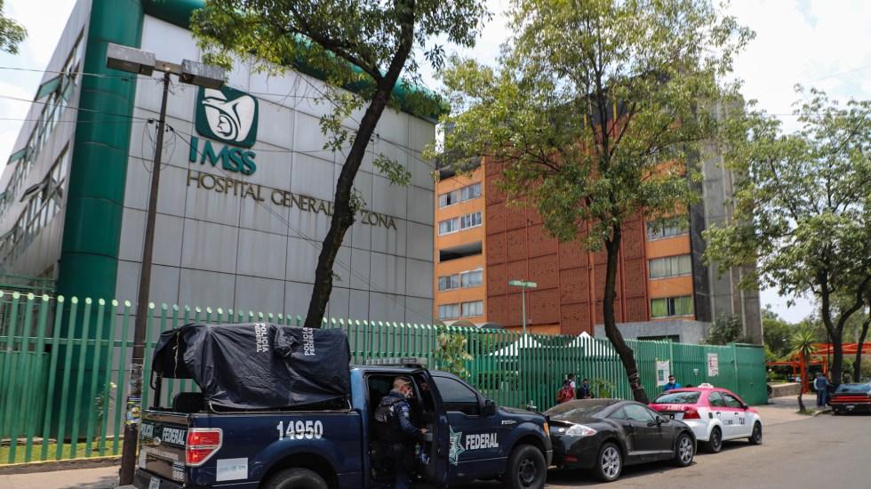 Descarta Sheinbaum sobrecupo de demanda hospitalaria para pacientes con COVID-19 - Inmediaciones del Hospital General Clínica 27 del Instituto Mexicano del Seguro Social. Foto de Notimex-Quetzalli Blanco.