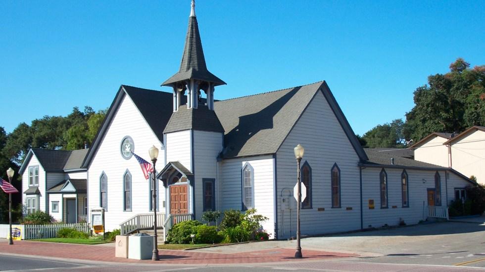 """Trump autoriza a iglesias a reabrir puertas """"ahora mismo"""" - Iglesia en Estados Unidos"""
