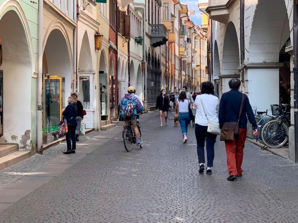 Italia reduce nuevos contagios; comienzan planes para el verano - Foto de EFE