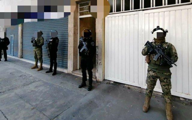 Detienen al 'Junior', hermano del 'Lunares', líder de la Unión Tepito - El operativo conjunto de FGR, SEMAR y SSC CDMX. Foto de @FGR_MEX