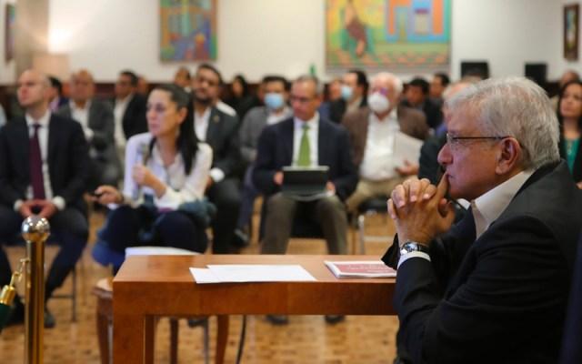 López Obrador reconoce labor del personal de salud ante la pandemia de COVID-19 - Foto de Twitter