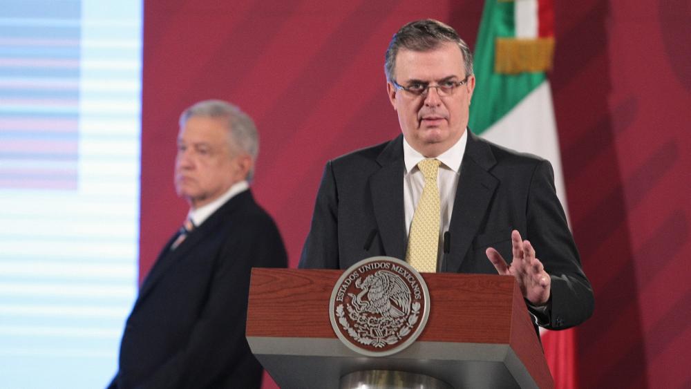 El canciller Ebrard rechaza, en respuesta al Financial Times, que López Obrador sea el nuevo dictador de América Latina - Foto de Notimex