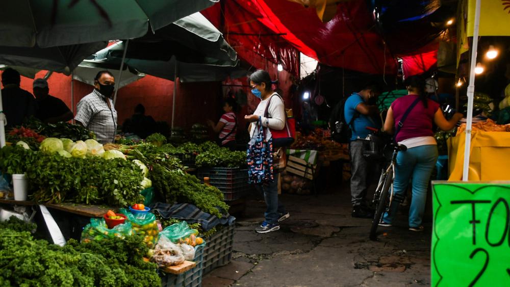 Inflación anual alcanza en abril su mayor tasa desde 2017 - Mercado en Xochimilco, Ciudad de México. Foto de Notimex / Archivo
