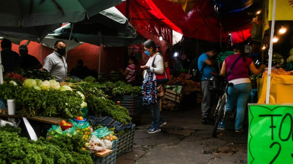 Inflación se acelera en primera quincena de febrero; registró su nivel más alto desde octubre - Mercado en Xochimilco, Ciudad de México. Foto de Notimex / Archivo