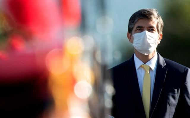 Ministro de Salud de Brasil renuncia con la pandemia en plena aceleración - Foto de EFE