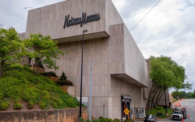 Neiman Marcus se declara en bancarrota - Neiman Marcus, una exclusiva cadena de tienda departamental de gama alta, solicitó este día la protección por bancarrota