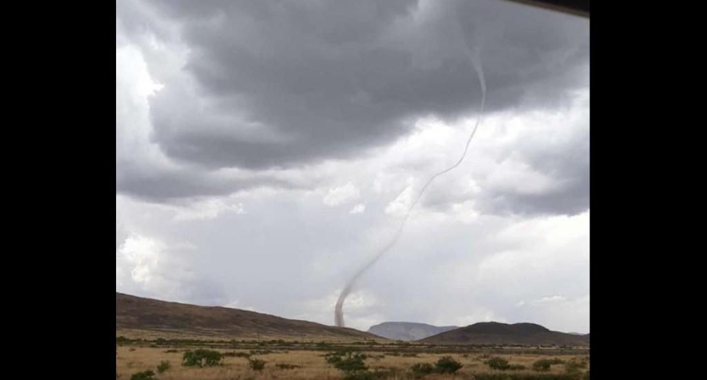 #Video Captan tornado sobre carretera de Chihuahua a Ciudad Juárez - Tornado México carretera Chihuahua a Ciudad Juárez