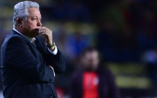 Vucetich pide no seguir ejemplo de otros países respecto a vuelta de la Liga MX - Víctor Manuel Vucetich