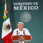 """COVID-19 """"es una epidemia muy dañina, afecta mucho"""": López Obrador (03-06-2020) - 200601008. Mérida, 2 Jun 2020 (Notimex-Francisco Estrada).- Conferencia matutina del Presidente Andrés Manuel López Obrador. Mérida, Yucatán, 2 de junio de 2020. NOTIMEX/FOTO/FRANCISCO ESTRDA/FEM/POL/4TAT"""