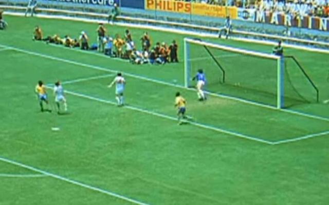 #Video A 50 años de 'La Atajada del Siglo' de Gordon Banks a Pelé en México 70 - Atajada Gordon Banks. Captura de Pantalla.