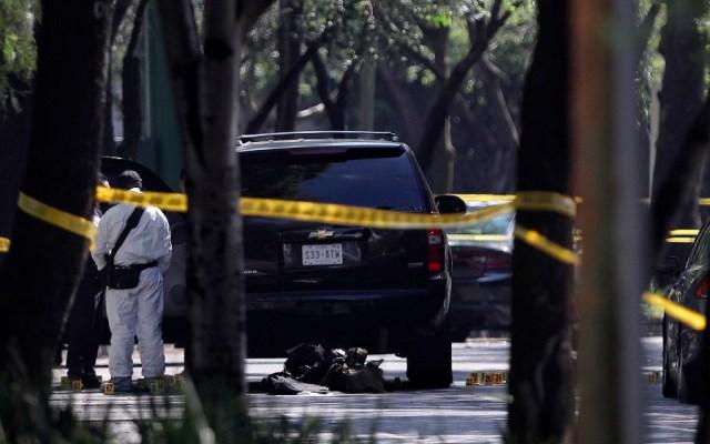 Vinculan a proceso a dos implicados en atentado a García Harfuch - Vista de la escena del atentado contra Omar García Harfuch. Foto de EFE