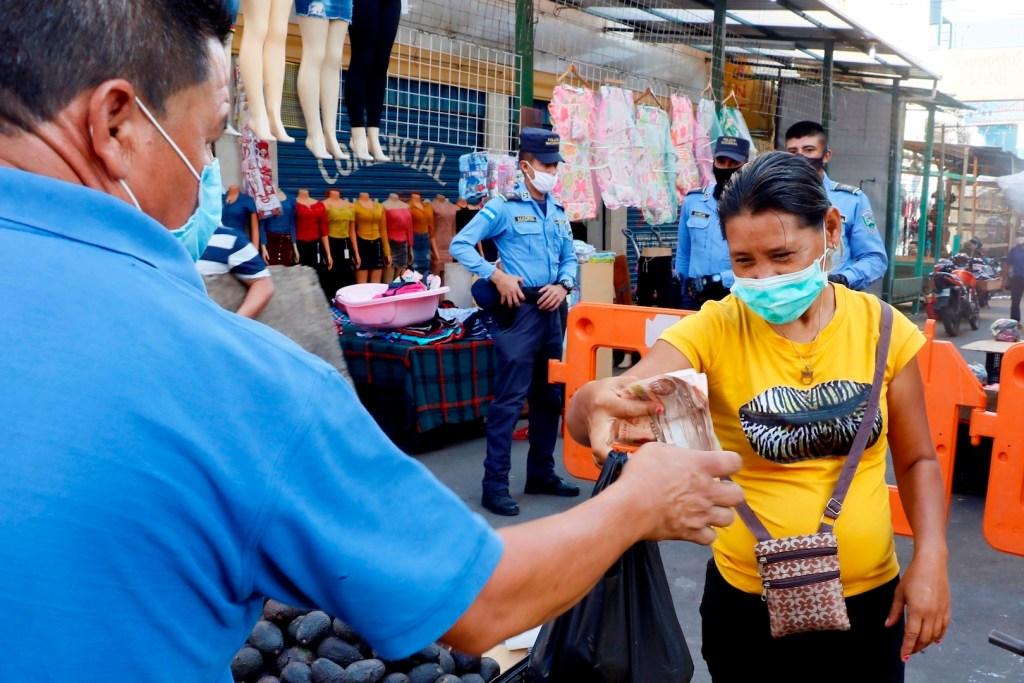 Centroamérica alcanza récord de muertes y contagios de COVID-19 en una semana - Foto de EFE
