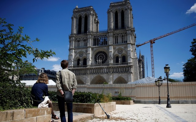 Macron aprueba reconstruir de manera idéntica la catedral de Notre-Dame - Catedral de Notre-Dame. Foto de EFE