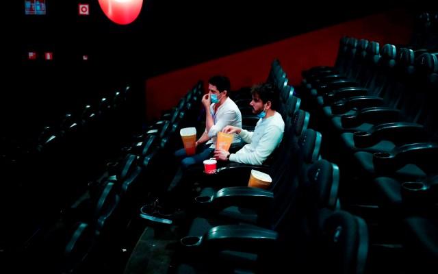 Francia reabrirá cines y permitirá practicar deporte de equipo desde el lunes - cines francia coronavirus COVID-19
