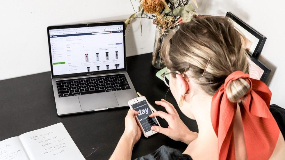 Pequeños comercios se digitalizan para superar crisis del COVID-19 - Comercio digital. Foto de S O C I A L . C U T / Unsplash