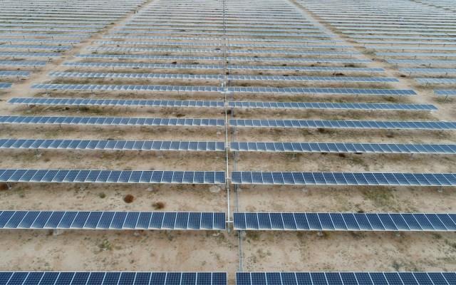 Electricidad accesible y de bajo costo para todos, por Enrique de la Madrid - Energía solar eléctrica San Luis Potosí paneles solares